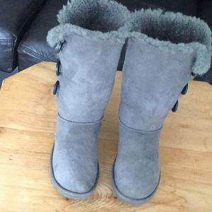 UGG boots sz5 1873 Bailey button triplet tall